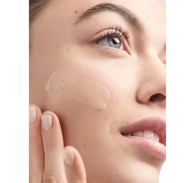 لوسیون مرطوب کننده پوست کلینیک 125 میل Clinique Dramatically Different Moisturizing Lotion